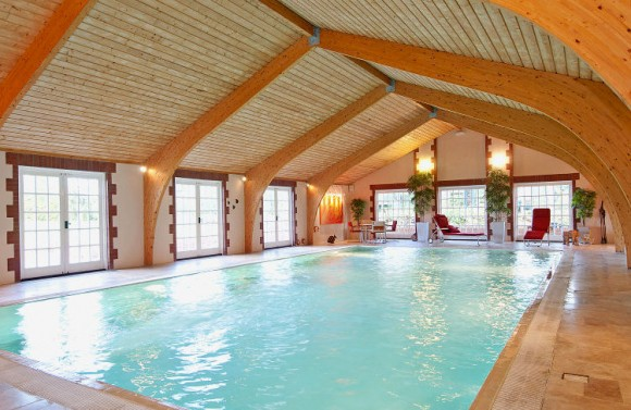 Rent A Luxury House With A Swimming Pool This Summer In The Uk